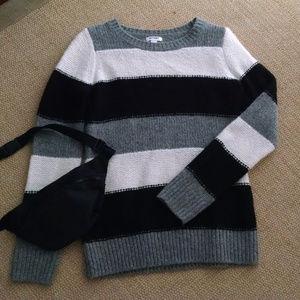 Old Navy Striped Sweater Medium